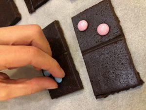galletas de chocolate forma Dominó