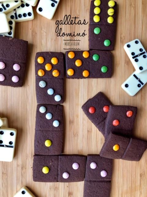 alletas de chocolate en forma de Dominó