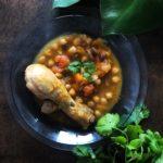 Guiso marroquí de garbanzos con pollo y calabaza