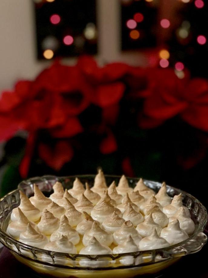 Tarta de limón y merengue con base de galletas