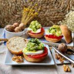bocatines vegetarianos con pan de nueces