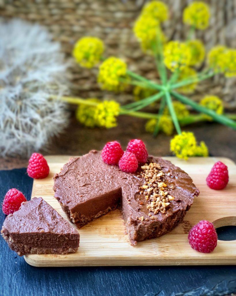 Tartaleta de chocolate sin gluten, vegana y sin azúcares añadidos