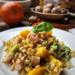 Ensalada de trigo tierno con pavo aguacate y mango